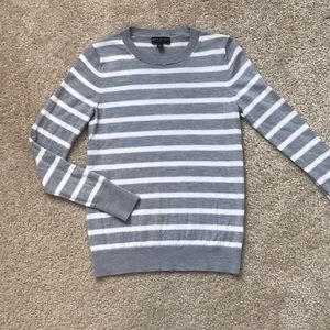 Banana Republic 100% Merino Wool Sweater Small